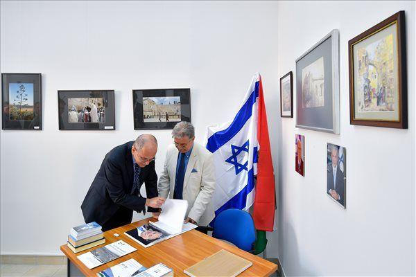 Debreceni konzulátus 2